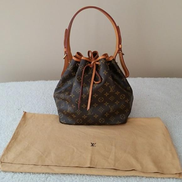 2deadcc11233 Louis Vuitton Handbags - Authentic Louis Vuitton Petit Noe PM